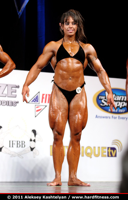 female bodybuilder before and after steroids