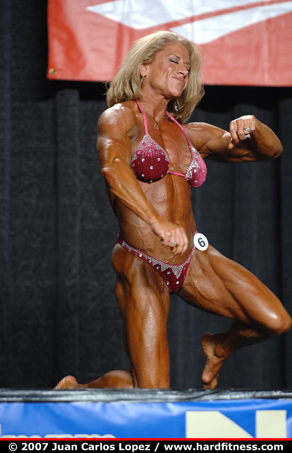 Wanda Moore - finals - 2007 NPC Jr. Nationals