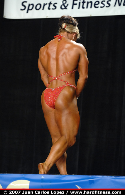 Kris Murrell Bodybuilder http://www.hardfitness.com/competitions/nationals2007/npcbodybuilding/heavyweight/krismurrell/finals/