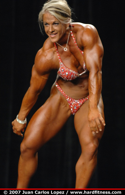 Kris Murrell Bodybuilder http://hardfitness.com/competitions/nationals2007/npcbodybuilding/heavyweight/krismurrell/finals/index.html