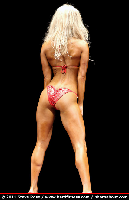 Jessica True - twopiece - 2011 NPC Nationals: www.hardfitness.com/competitions/nats2011/npcbikini/bikinid...