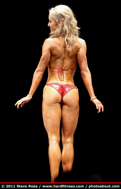 michelle hanson   twopiece   2011 npc nationals