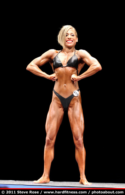 Nancy Espinal - prejudging - 2011 NPC Nationals
