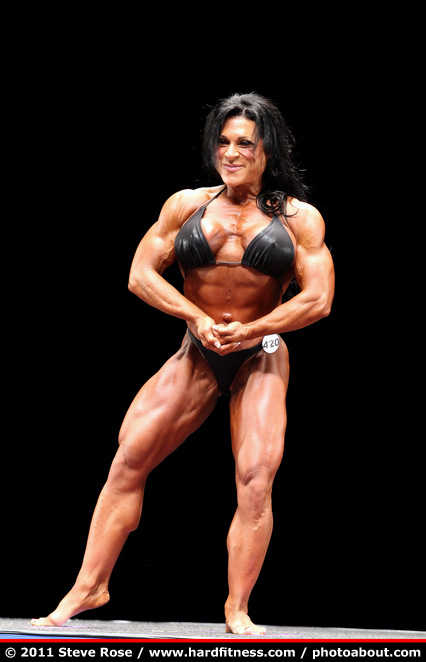 Jessica Simonet - prejudging - 2011 NPC Nationals