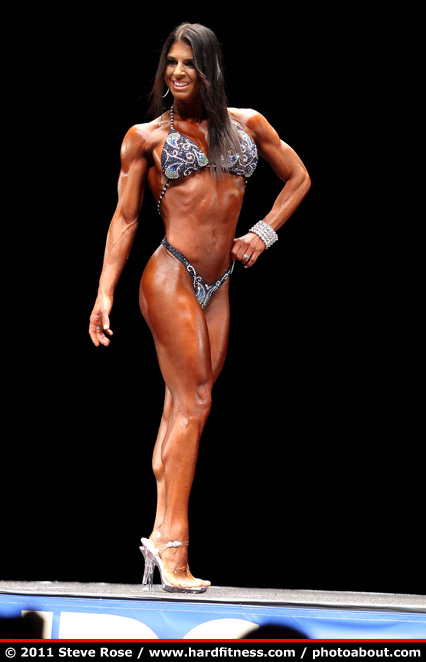 Michelle DeRosa - twopiece - 2011 NPC Nationals