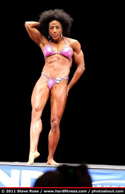 Nancy Perez - twopiece - 2011 NPC Nationals