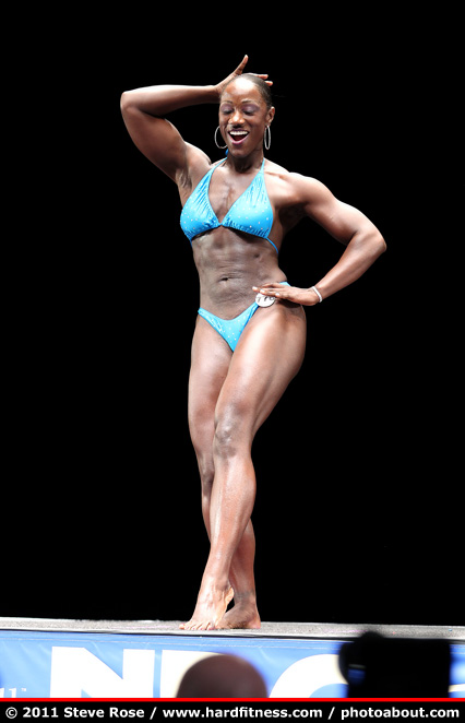 Renee Bush - twopiece - 2011 NPC Nationals