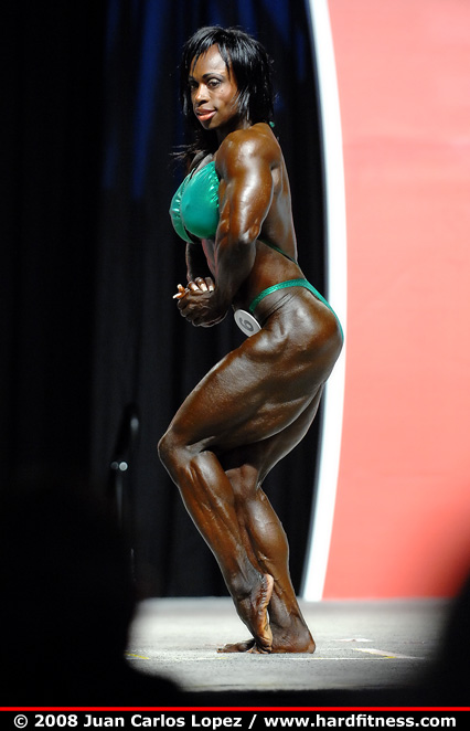 Dayana Cadeau - prejudging - 2008 IFBB Figure, Fitness and