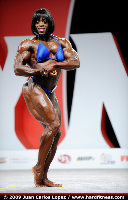 Iris Kyle - prejudging - 2009 IFBB Fitness, Figure and Mrs