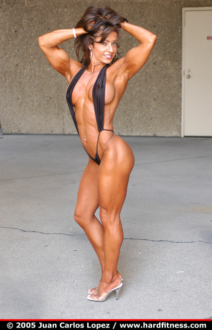 Female Physique of the Day: IFBB Figure Pro Karen Zaremba